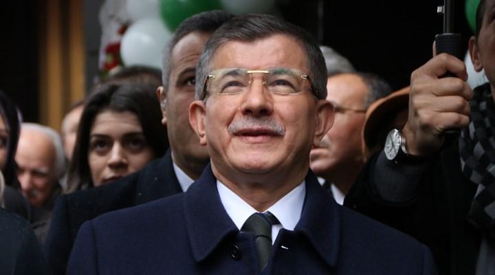 AKP'de istifalar devam ediyor