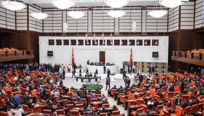 Meclis Başkanı yine Mustafa Şentop seçildi