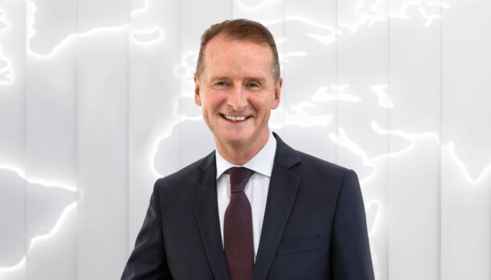 Volkswagen CEO'su Herbert Diess'ın hedefinde bu kez Elon Musk var!