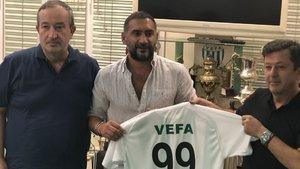 Antalyaspor'un genç oyuncusu Doğukan Sinik'in gözü transferde