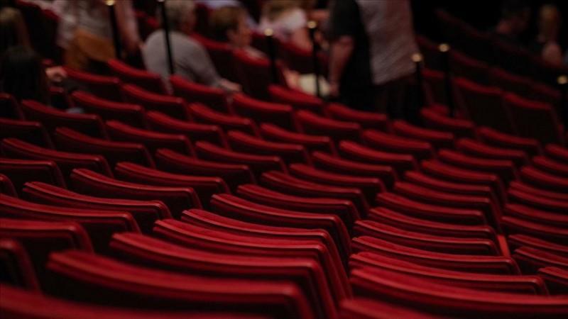 Bakanlıktan tiyatro, opera ve bale gösterileri için yeni karar