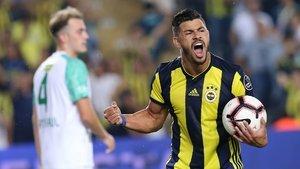 Beşiktaş'ta sağ beke 2 aday! Rosier ve Santon için yoğun temas