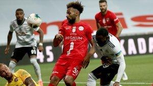 Galatasaray'dan flaş açıklamalar