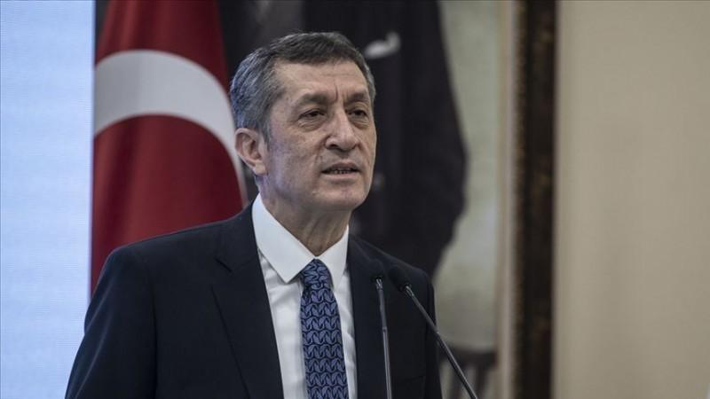 Selçuk'tan 'okullarda sınav' açıklaması