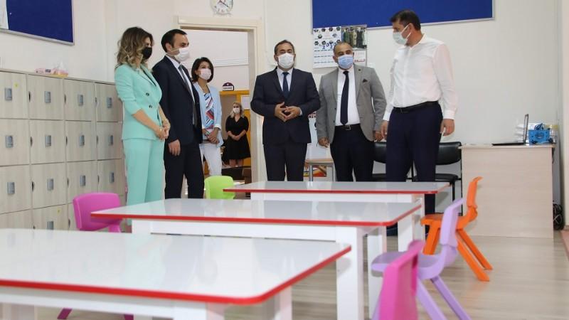 Sivas'ta okullar eğitime hazırlanıyor