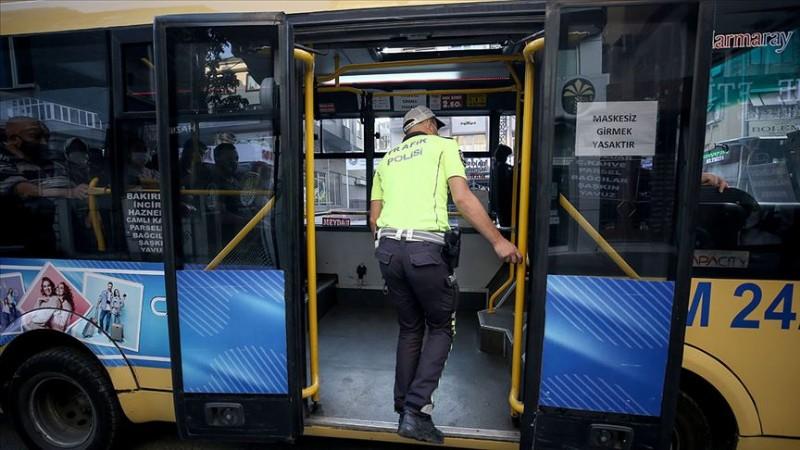 Taksilerde ve toplu taşıma araçlarında yeni tedbirler