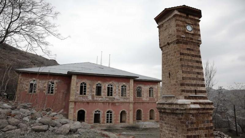 Tarihi konak restorasyon bekliyor