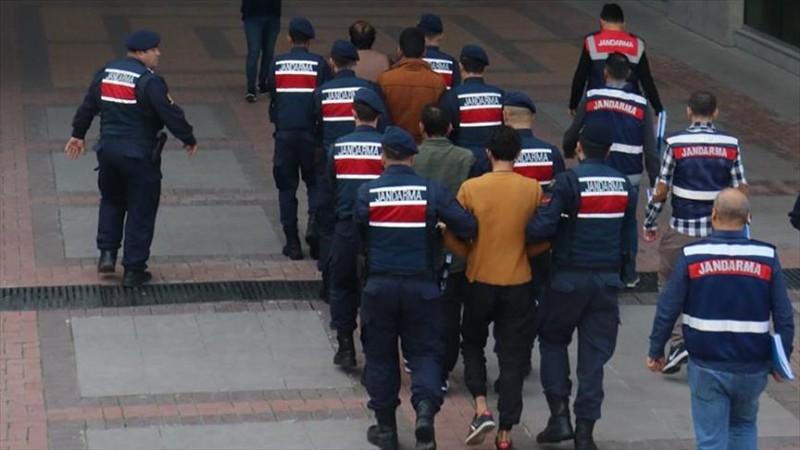 Mersin'de DEAŞ operasyonu: 10 gözaltı