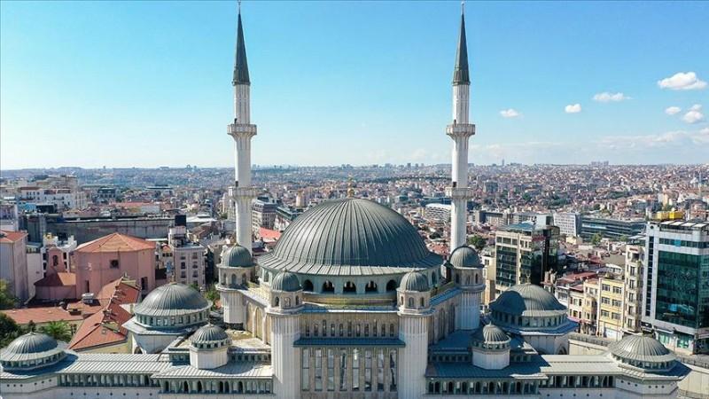 Taksim'e yapılan camide sona yaklaşıldı